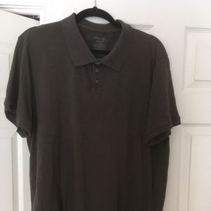 Dark gray short sleeve shirt. Size XXL.